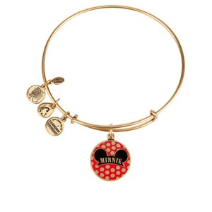 Represent the original Disney Diva, Minnie Mouse!