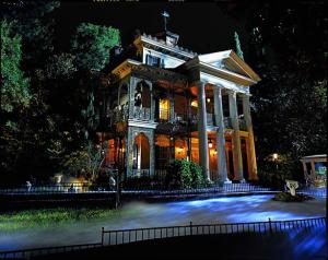 Disneyland-Haunted-Mansion